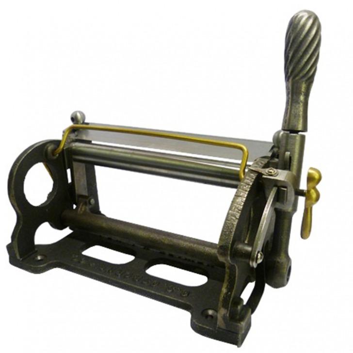 Leather Splitting Machine